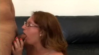 Amateur Girl Gets a Risky Creampie