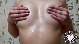 Масляный массаж для натуральных сисек