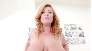 Мама голяма сладка дама Алекс Vieille Assfucked от 2 голям черен кур Ks027